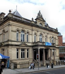 St Columb's Hall (glynspencer) Tags: londonderry colondonderry northernireland gb