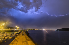 Orage  la Cale (MathieuGoalard|Photographies) Tags: storm thunderstorm orage clair weather mto rivire river adour shadows lightning ciel clouds nature nuages photo photography sky