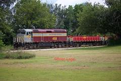 IANR 458 Greene (eslade4) Tags: ianr iowanorthernrailway ianr458 f40m2c ianr3955 slug coveredhoppers ianr3954