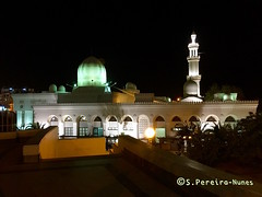 Beautiful Mosque in Aqaba, a night view, Jordan (Sebastiao P Nunes) Tags: mosque mesquita muslim mulcumanos musulmanes aqaba jordania redsea marrojo marvermelho snunes spnunes spereiranunes iphone apple templo religion