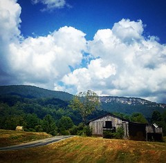 ewing va (christaki) Tags: barn ewing whiterocks sandstone cumberlandmountains cumberlandgap va ky swva farm