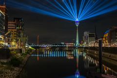 Rheinkomet (Blende4.0) Tags: duesseldorf rheinturm rheinkomet lights night longexposure germany
