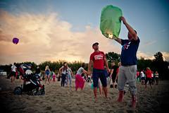 Firing lantern (d.kiero) Tags: gdask batyk wakacje lampion wadysawowo canon 5d zatoka gdaska plaa bungee