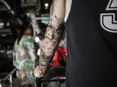 tattoo (mohamedyamin_masop) Tags: canon6d street people tattoo art bokeh shallowdof