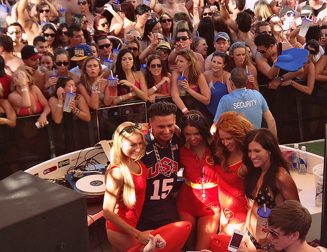 DJ Pauly D Was there  !