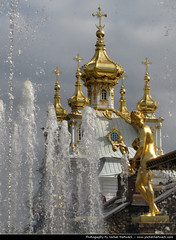 Fountains, Peterhof (JH_1982) Tags: park water st gold russia spires statues petersburg fountains saintpetersburg domes spb peterhof