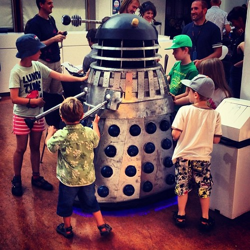 Kids attack the dalek