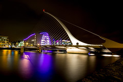 String Bow (melfoody) Tags: city longexposure bridge night canon neon clear doc suspensionbridge sigma1020 samuelbeckettbridge conventioncentredublin