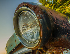 Old Friend (Sous l'Oeil de Sylvie) Tags: auto light summer car rust pentax antique august oldcar t phare 2012 aot ancienne rouille cimetire sigma1020mm grandangle k30 voitureancienne cimetireauto sousloeildesylvie
