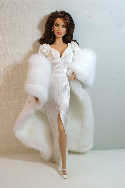 supermodel covergirl coverup barbiedoll jonerikhexum jenniferoneill summerof42 bareessence