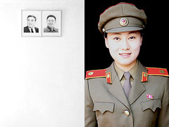north korean soldier - pyongyang (Emmanuel Catteau photography) Tags: portrait monument public girl face wall lady soldier army uniform asia jung pin photographer kim song north pueblo reporter korea il traveller national frame planet conde leader lonely geo geographic commander nast pyongyang edifice catteau wwwemmanuelcatteaucom