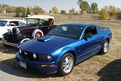 07 Ford Mustang (DVS1mn) Tags: cruise fall alexandria car club vintage ridge trail glacial willmar