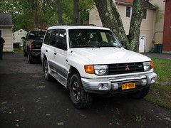 1998 MONTERO (richie 59) Tags: stremy stremyny sep292012 mitsubishi 2012 sep2012 barbecue bbq 1998mitsubishimontero 1998montero 1998mitsubishi 1990ssuv japanesesuv whitesuv mitsubishisuv mitsubishimontero montero 4door 4doorsuv fourdoorsuv 4wheeldrive 4x4 america automobile automobiles clunkers faded fadedpaint fourdoor frontend frontwheeldrive grill grills headlight headlights hudsonvalley midhudsonvalley motorvehicle motorvehicles newyorkstate nystate oldsuv outside richie59 rust rusted rustedout rusty rustymitsubishi rustysuv autumn townofesopus townofesopusny trees ulstercounty ulstercountyny unitedstates us usa vehicle vehicles v6