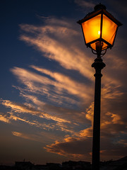 V0001505b (Valerio Lorusso) Tags: sunset clouds streetlight tramonto nuvole streetlamp olympus omd lampione em5 fragnetomonforte