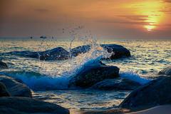Sunrise splash (Stan Smucker) Tags: sunset sunrise wave crashingwave huahinthailand