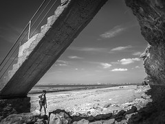A Day at the Beach (Ludo_Jacobs) Tags: france normandy coast strand sea monochrome blackandwhite people girl summer vacation frame kste meer