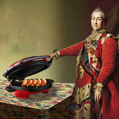 Catherine II (jaci XIII) Tags: pessoa mulher imperatriz rssia alimento grill salsicha person woman empress russia sausage food