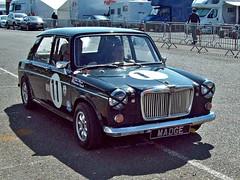 297 MG *1100 Mk.I (1965) (robertknight16) Tags: mg british 1960s ado16 1100 1300 issigonis moulton bmc hydrolastic donington racecar racing