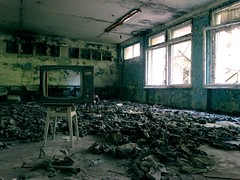 tv 3 (h_9000) Tags: pripyat chernobyl czernobyl ukraine ukraina atomic disaster katastrofa jdrowa nuclear eletrownia atomowa power prypiat esi tower cooling plant ukrainki 16th floor urban september flats 2016 decay bloki abandoned buildings trees chemicals hal9000 reaktor rubble 1986 reactor hal9ooo blocks anniversary 30th glass drzewa hawkeye dirt soviet union sowieci lenin wladimir wodzimierz vladimir zsrr ussr