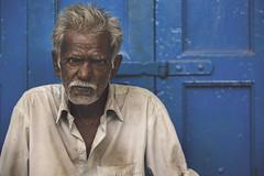 India (Enricodot ) Tags: enricodot street streetphotographer men man portrait portraits people persone india blue