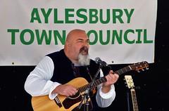 Pete (dlanor smada) Tags: aylesbury bucks openmic musicians guitarists atc