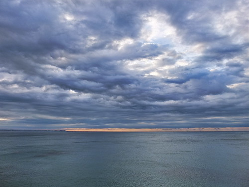 Amaneceres azules de tormenta (III) / Blue Stormy Sunrises #3