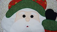 P1020418 (Monne Arts) Tags: natal de bonito artesanato capa noel lindo kit festa tapete decorao jogo vaso banheiro lavabo mamae papai conjunto tecido colorido algodo enfeite proteo festivo natalino