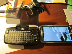 Samsung Galaxy Note 2 and Logitech DiNovo Mini (Botmann) Tags: blue 2 tooth keyboard samsung mini note galaxy ii dinovo logitech trackpad
