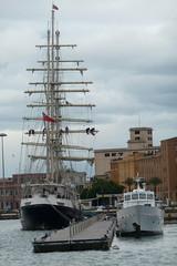P1120068 (Mono Moar) Tags: sardegna sardinia sailing jubilee bateaux nave trust sail bateau cagliari sardinien segelschiff sardaigne velero tenacious jst veliero segler