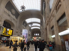 Stazione di Milano (Thais e Mattia Magosso) Tags: milano stazione stazionecentrale