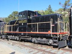 Golden Gate Railroad Museum #9 (GE 44-Tonner) in Niles Canyon, CA (CaliforniaRailfan101 Photography) Tags: heritage pacific steam sp shay cabride mallet ge wp baldwin southernpacific alco emd sd9 westernpacific gp9 nilescanyonrailway steamlocomotives centercab 462 funit heisler gp7 nilesca h1244 44tonner 3truck rprc richmondpacific sp2472 80tonner sp1423 oaklandterminalrailway 65tonner 2662t pickeringlumbercompany clovervalleylumbercompany4