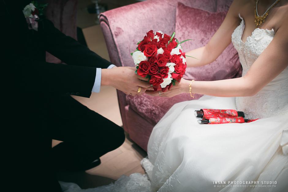 wed20121109_0674