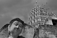 Buddha's kindness (Olivier Simard Photographie) Tags: sisatchanalaihistoricalpark thailand bouddha bouddhisme wat temple monk unescoworldheritagesite sawankhalok mditation sukhothaikingdom royaumedesukhothai chaliang ruines  yomriver thalande sukhothai chedi stupa pagoda voyage travel asie asia nirvna siddhrthagautama buddha buddhahood watphrasiratanamahathat watsimahathatchaliang ayutthayakingdom