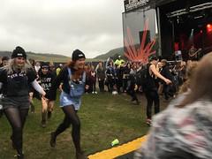 ROAM circle pit @ Butserfest 2016 (sichunlam) Tags: butserfest butserfest2016 easthampshiredistrictcouncil festival hampshire kerriechurch lottieelse music petersfield queenelizabethcountrypark roam easthampshire england siishell mintchocicecream sichunlam