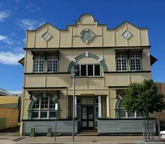Former bank? Richmond St, Maryborough  Queensland 2016 (Graeme Butler) Tags: towns asbestos sheet offices queensland banks