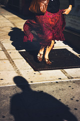 (Florencia Bianchi Granados) Tags: city shadow people woman usa newyork mujer sunny running corriendo nuevayork 34st soleado