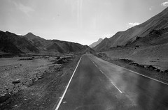 On the road of Himalayas J&K India (mafate69) Tags: road bw india montagne asia desert nb route asie himalayas jk montain ladakh inde southasia cachemire asiedusud earthasia mafate69 himalayasrange jamuandkachemire