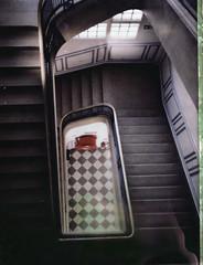 Escalier classé (gmouret92) Tags: paris stairs polaroid 360 negative goop 13 escalier négatif fp100