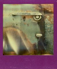 Lincoln Cosmopolitan (Justin Goode) Tags: door color face yard truck project handle cosmopolitan junk rust shade lincoln impossible 412 nigo px70