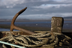 Anchor, Post and Rope. Unused at Low Tide. (Seldon,) Tags: rope anchor morecambebay seldonscott