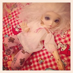 """#Hello #bjd #yumistudio • <a style=""""font-size:0.8em;"""" href=""""http://www.flickr.com/photos/23793655@N06/8148615327/"""" target=""""_blank"""">View on Flickr</a>"""