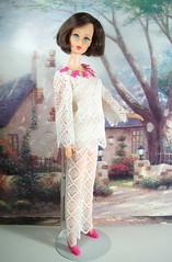1970 Vintage Mod TNT Brunette Hair Fair Barbie (The doll keeper) Tags: vintage mod barbie 1970 brunette tnt hairfair lacecaper