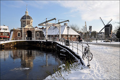still wintry (leuntje (on tour)) Tags: winter snow ice netherlands leiden sneeuw ijs citygate stadspoort galgewater gevangenpoort rijksmonument sleutelstad morspoort historiccitycenter oldcitycenter molendeput morssingel morsbrug willemvanderhelm