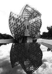 Fondation Louis Vuitton Paris_180514-2 (ixus960) Tags: louisvuitton paris architecture art