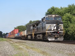 Norfolk Southern Chicago Line / MP 456 West (codeeightythree) Tags: ns norfolksouthernrailroad norfolksouthernchicagoline norfolksouthern intermodal containertrain stacktrain rollingprairieindiana laportecountyindiana freight freighttrain transportation