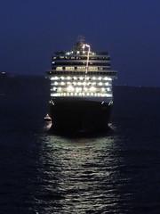 Holland America Lines' 'Eurodam' cruise ship, Santorini (Thira), Greece (Steve Hobson) Tags: holland america lines eurodam cruise ship santorini thira fira greece night