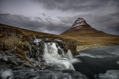 Simplemente Kirkjufell. (Antonio Puche) Tags: antoniopuche paisaje landscape mountain montaa islandia iceland hielo hice kirkjufell cascada nikon nikond810 nikon173528