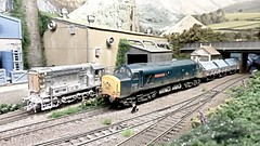 Treskilling English China Clay Works. (ManOfYorkshire) Tags: 37207 class37 ecc english china clay works dries oogauge 176scale model railway train morley show display treskilling detailed dust weathered 08 shunter handover wagons hood cornwall cornish