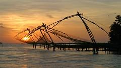 Kochi/Cochin - Kerala, India (asithmohan29) Tags: cochin india indiantouristplaces kerala kochi thingstodo touristplaces touristplacesk travel backwaters culture adventure traveller fortkochi cochintourismattractionsplaces beautyblogger indianyoutuber destination chinesefishingnets