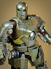 Kaiyodo  Sci-Fi Revoltech  Series No. 045  Iron Man  Iron Man Mark I  Can You See My Eyes? (My Toy Museum) Tags: kaiyodo revoltech sci fi iron man mark 1 i action figure